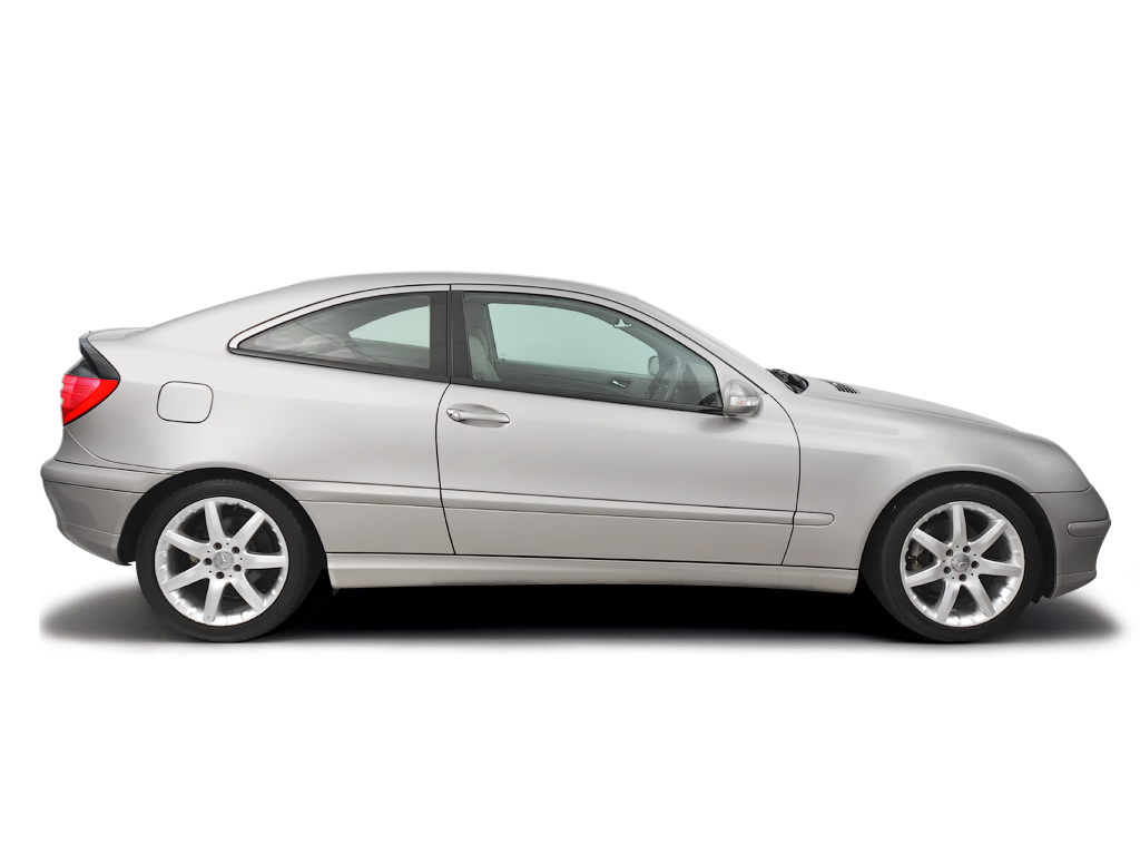 Checking tyre condition Mercedes-Benz C-Class 2000 - 2007 Diesel C220 CDi - 2.1
