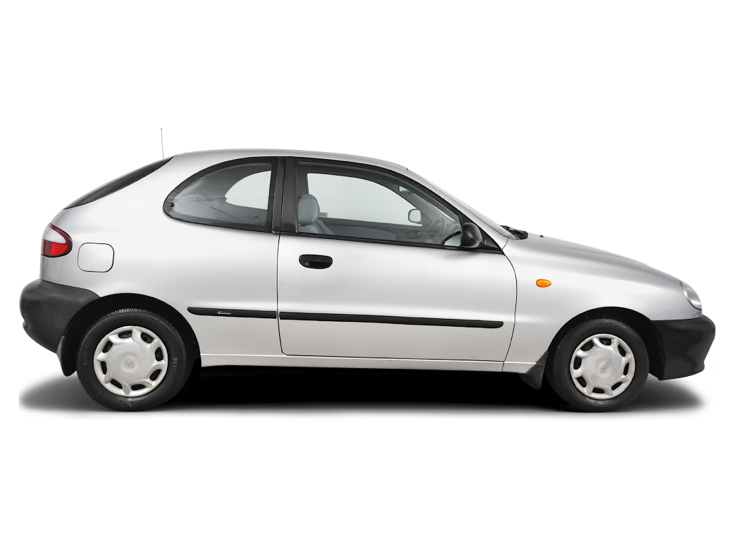 Checking tyre pressures Daewoo Lanos 1997 - 2002 Petrol 1.4