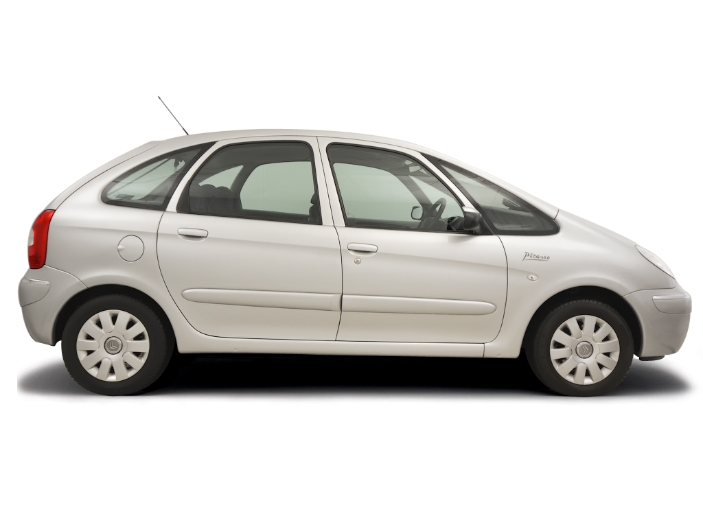 Checking tyre condition Citroen Xsara Picasso 2000 - 2004 Petrol 2.0