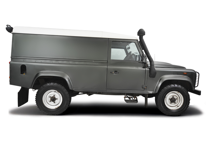 Roadside wheel change Land Rover Defender 2007 - 2011 Diesel 2.4 Duratorq