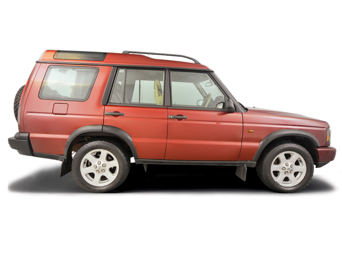 Checking tyre condition Land Rover Discovery 1998 - 2004 Diesel 2.5 TD5