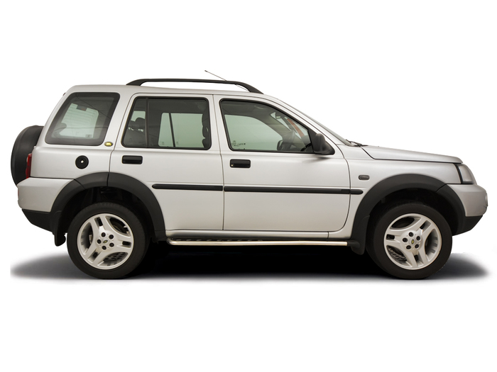 Opening the bonnet Land Rover Freelander 1997 - 2006 Diesel 2.0 TD4