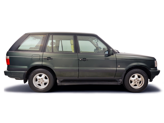 Checking tyre pressures Land Rover Range Rover 1994 - 2001 Diesel 2.5 TD