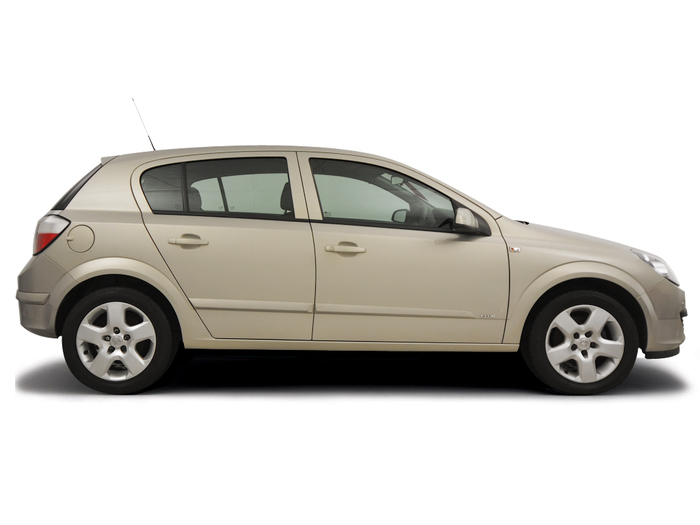 Checking tyre pressures Vauxhall Astra 2004 - 2008 Petrol 1.6 16v