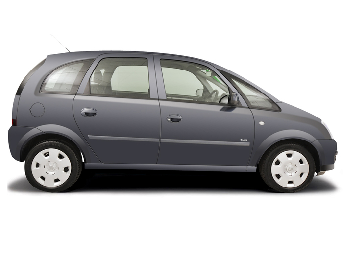 Checking tyre pressures Vauxhall Meriva 2003 - 2010 Petrol 1.4 16v