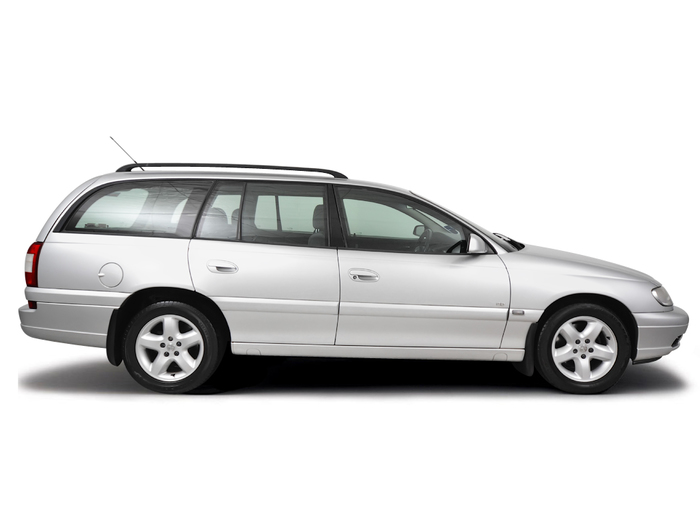 Checking tyre pressures Vauxhall Omega 1999 - 2004 Petrol 2.2 16v