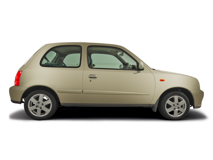 Checking screen wash Nissan Micra 1993 - 2002 Petrol 1.0