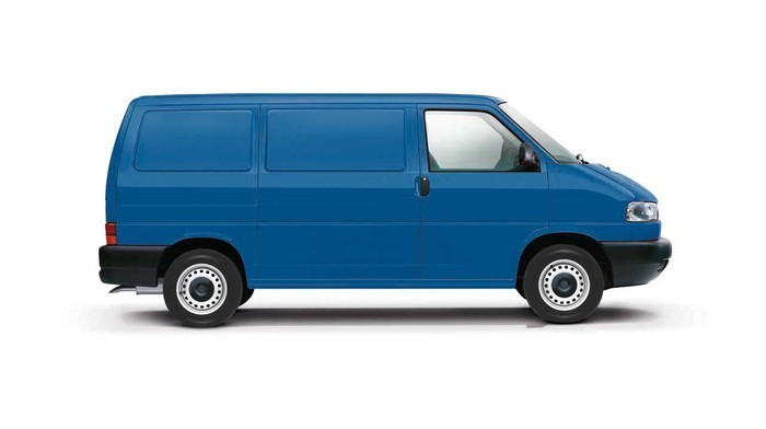 Checking tyre pressures Volkswagen Transporter T4 1990 - 2003 Diesel 2.5