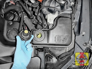 Illustration of step: ONLY WHEN COLD! Undo the cap to check the coolant level - step 2
