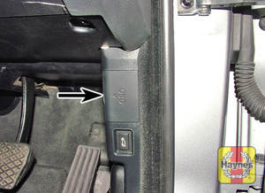 Illustration of step: Prise open the cover in the driver's side pillar trim - step 2