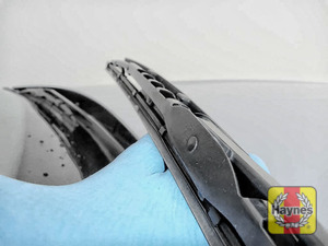 Illustration of step: Check condition of the wiper blades - step 6