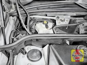 Illustration of step: Locate the brake fluid reservoir - step 3