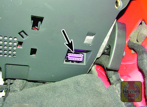 Illustration of step: The 16-pin diagnostic socket is located under the driver side of the fascia - step 2