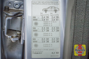 Illustration of step: Look for a sticker showing your tyre pressures - step 4