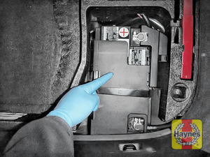 Illustration of step: Locate the battery – it is in the boot - step 1