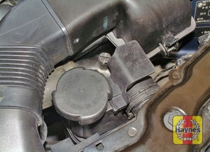 Illustration of step:  If topping up is necessary, wait until the engine is cold - Car care - step 18