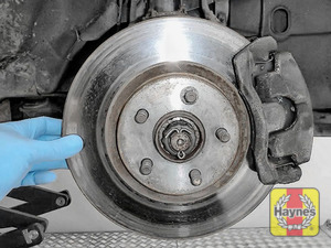 Illustration of step: Check condition of the brake discs - step 16