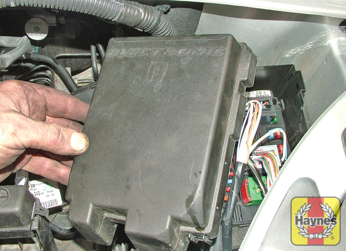 citroen xsara picasso 2000 2004 2 0 fusebox and diagnostic rh haynes com  fuse diagram citroen xsara picasso