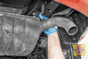 Illustration of step: Check rubber exhaust mountings for general condition - step 13