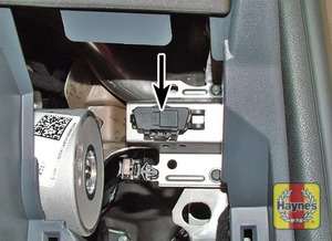 Illustration of step: Remove the driver's side lower fascia panel to access the diagnostic socket - step 2