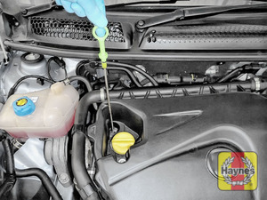 Illustration of step: Remove dipstick and place the vacuum extractor pipe down dipstick tube - step 1