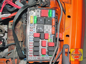 Illustration of step: The main fusebox is located on the left-hand side of the engine compartment fusebox - step 1