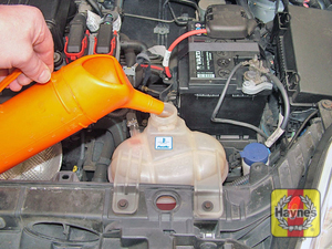 Illustration of step:  Add coolant to the expansion tank - Coolant level - step 24