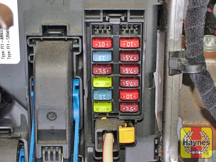 Fiat Punto 1 2 Fuse Box Diagram : Fiat grande punto fusebox and
