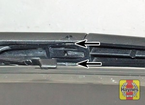 Illustration of step:  Don't forget to check the tailgate wiper blade as well (where applicable) - step 10