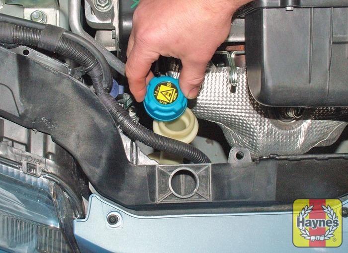 Fiat Panda  2004 - 2012  1 3 Multijet - Fluid Level Checks