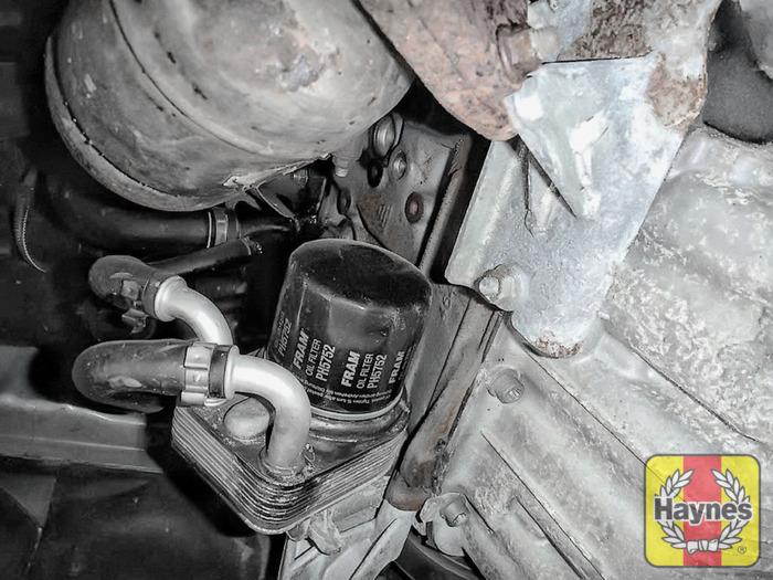 Oil Change Locations >> Fiat Stilo (2004 - 2006) 1.9 JTD - Oil filter change - Haynes Publishing