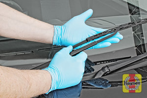 Illustration of step: Check condition of the wiper blades – any cracking or fraying indicates replacement is required - step 6