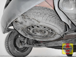 Illustration of step: Finally, check the condition of the spare wheel / emergency tyre repair system - step 14