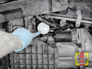 Illustration of step: The oil filter is located in here - step 2