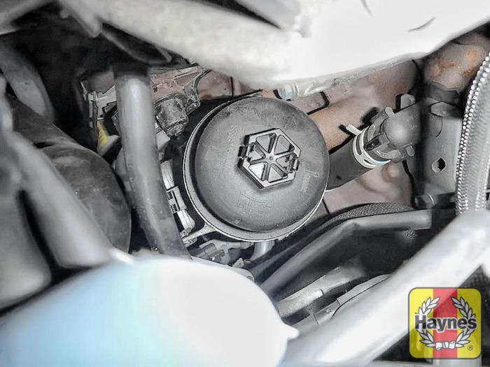 Oil Change Car Wash >> Ford Kuga (2010 - 2012) 2.0 TDCi - Oil filter change - Haynes Publishing