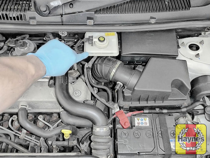 2012 Ford Focus Oil Change >> Ford Transit Connect (2002 - 2012) 1.8 TDDi - Checking ...