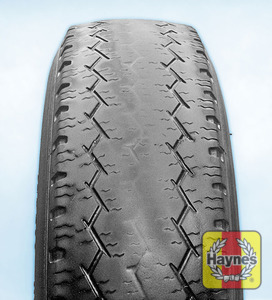 Illustration of step: Tyre centre wear is caused by over-inflation - step 4