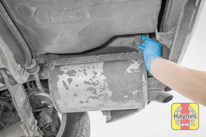 Illustration of step: Check the rubber exhaust mountings for general condition - step 13