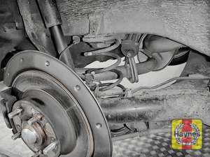 Illustration of step: Take a good look around the brake system and the suspension arm and check for any leaks - step 13