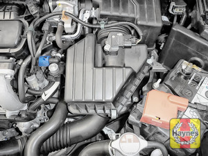 Illustration of step: Reassemble the air filter housing  - step 10