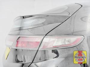 Illustration of step: Check rear light cluster: brake, fog and indicators - step 3