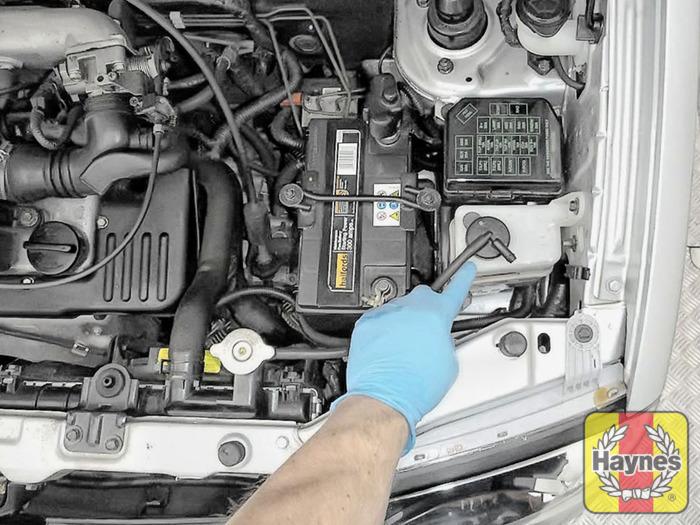 hyundai amica 2006 2008 1 1 checking coolant level haynes rh haynes com 1950 Audi 1960 Audi