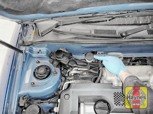 Illustration of step: Locate the clutch fluid reservoir - step 1