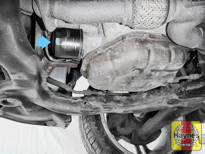 Hyundai Coupe (2002 - 2008) 2.7 V6 - Oil filter change - Haynes ...