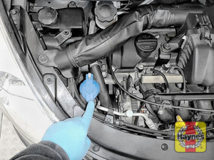Illustration of step: Locate the screen wash filler cap - step 4