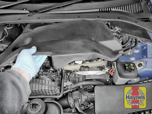 Illustration of step: Remove the engine cover to access the oil filter position - step 1