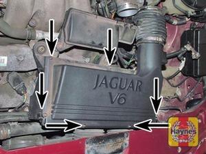 Illustration of step:  Air filter cover screws  - step 6