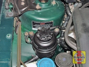 Illustration of step:  The reservoir is mounted at the right-hand side of the engine compartment - Safety first! - step 38