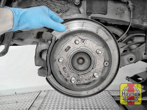 Illustration of step: Check the condition of the rear brake discs  - step 10