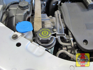 Illustration of step:  Power steering fluid reservoir cap  - Power steering fluid - step 48